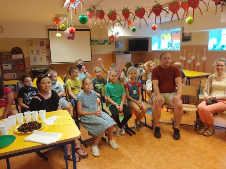 spotkanie rodziców i dzieci w świetlicy w ramach projektu