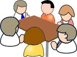 zdjęcie ludzi przy stole